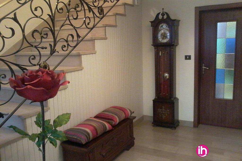 location maison meubl pour 1 5 salari s terville. Black Bedroom Furniture Sets. Home Design Ideas