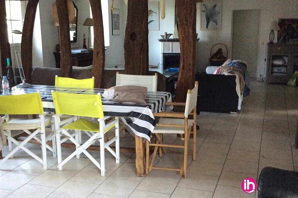 location maison meubl e pour 1 6 salari s gien. Black Bedroom Furniture Sets. Home Design Ideas
