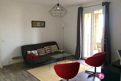 Location de meublé : Manosque Grand T2 en rez-de-jardin dans quartier calme sur les hauteurs de la ville
