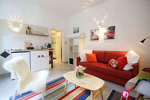Location pour salarié en déplacement de meublé : TOURS Studio calme et cosy dans l'hyper-centre de Tours