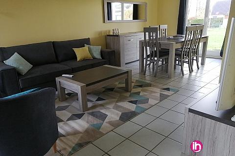 Location pour salarié en déplacement de meublé : SURY PRES LERE grande maison Toute équipée 5 chambres