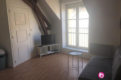 Location pour salarié en déplacement de meublé : DAMPIERRE appartement N°7 T2 refait à neuf à GIEN