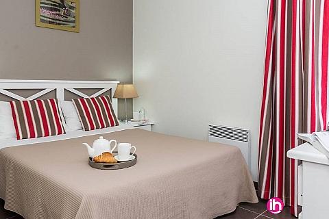 Location de meublé : CHINON - Appartement N°1 -T2 dans une résidence de prestige , Chinon centre