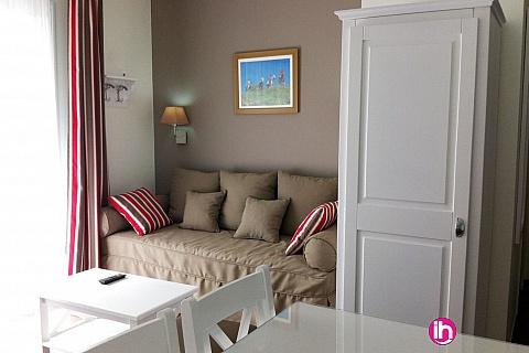 Location pour salarié en déplacement de meublé : CHINON - Appartement N°4 -T2 dans une résidence de prestige , Chinon centre