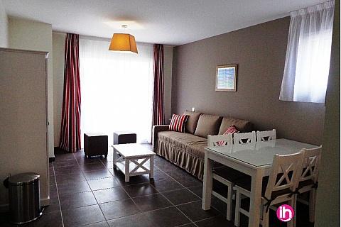 Location de meublé : CHINON - Appartement N°8 –T3 dans une résidence de prestige , Chinon centre