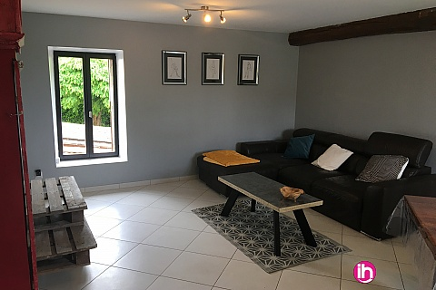 Location de meublé : Maison Grand gîte BUGEY
