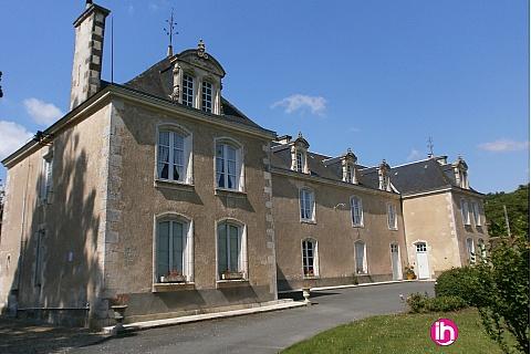 Location pour salarié en déplacement de meublé : CIVAUX, Maison Bourgeoise du XIXe