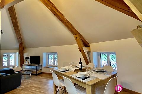 """Location de meublé : BUGEY, Appartement meublé """"Les combles"""", Hieres sur Amby"""