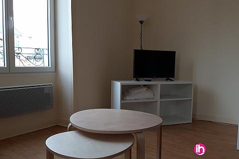Location de meublé : CIVAUX MONTMORILLON Grand T1 en plein coeur de Montmorillon à moins de 20 min de Civaux