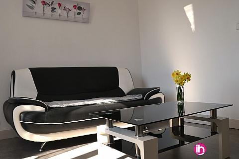 Location de meublé : DAMPIERRE-BELLEVILLE: T2 REFAIT A NEUF A GIEN