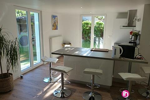 Location de meublé : BUGEY,Charmant Rez-De-Jardin au calme