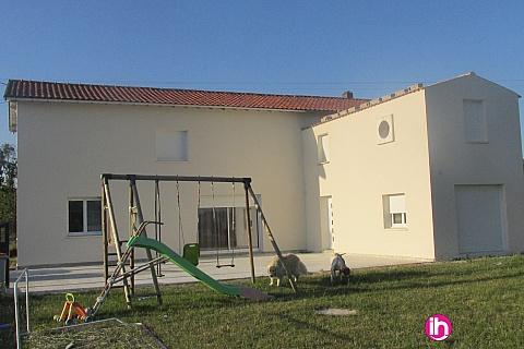 Location pour salarié en déplacement de meublé : BLAYAIS, grande maison spacieuse,6 chambres, Saint Fort sur Gironde
