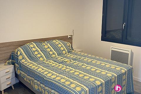 Location de meublé : BLAYAIS, petite maison neuve ,1 chambre, Saint Simon de Bordes