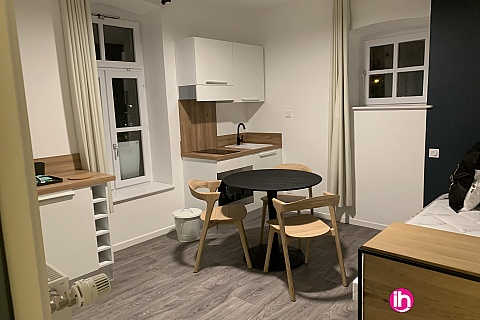 Location de meublé : THIONVILLE CATTENOM Appartement N° 12 neuf face gare 1 - 2 PERS  (+ 15 m2)