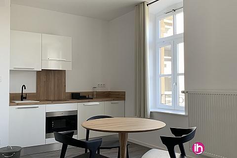 Location de meublé : THIONVILLE CATTENOM Appartement N 25 neuf face gare 1 - 2 PERS  (+ 15 m2)