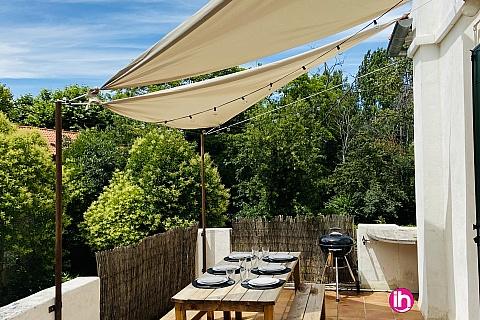Location de meublé : Aux portes du centre d'Aix en Provence, appartement 3 chambres, avec parking et terrasse