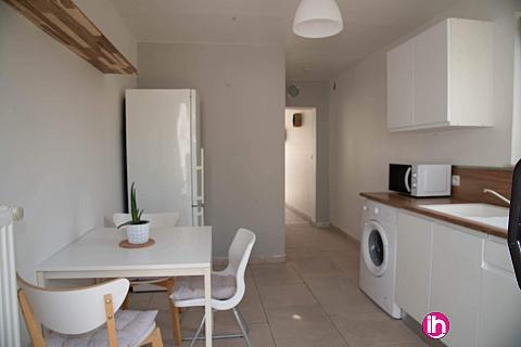 Location pour salarié en déplacement de meublé : BLENDECQUES Maison de ville rénovée avec jardin clos