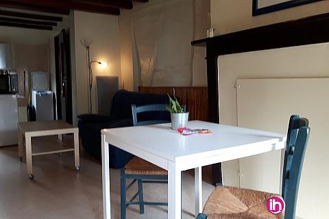 Location pour salarié en déplacement de meublé : Petite maison de bourg de type T1