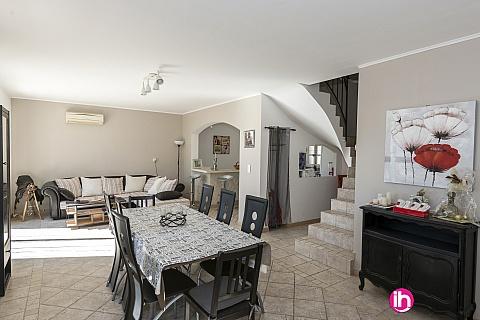Location de meublé : SAINT REMY DE PCE Villa à Maillane