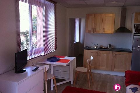 Location de meublé : BUGEY, joli T2 en pleins centre de Lagnieu