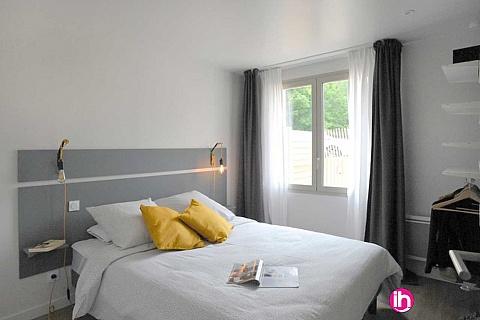 Location de meublé : BLAYAIS, très bel appartement 1 chambre JONZAC