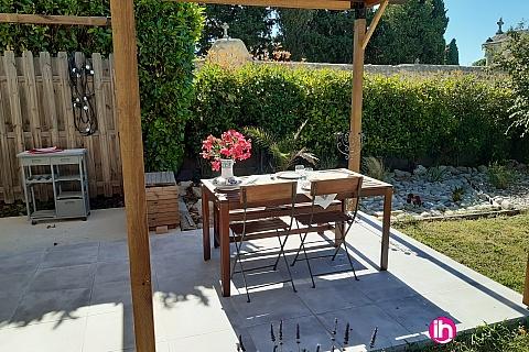 Location de meublé : AVIGNON Mazet  dans propriété calme à Aramon
