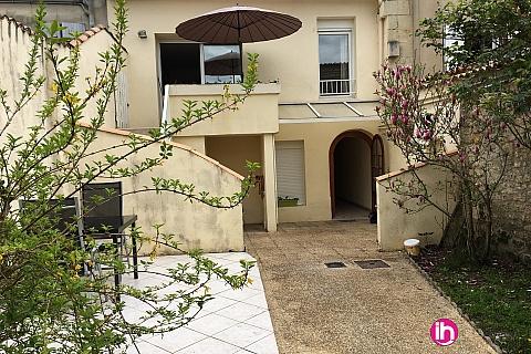 Location de meublé : BLAYAIS, Appartement centre ville JONZAC