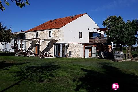 Location de meublé : SAINTES-ROYAN, appartement L'ARBORETUM, accès jacuzzi, proximité BLAYAIS