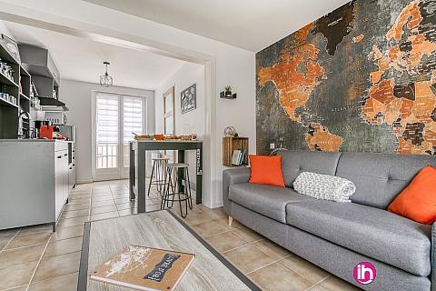 """Location de meublé : TROYES GRAND STUDIO """"LITTLE WORLD"""""""