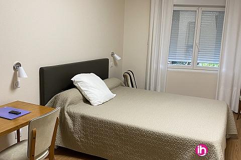 Location de meublé : BLAYAIS,chambre spacieuse 15 mn centrale,CARTELEGUE