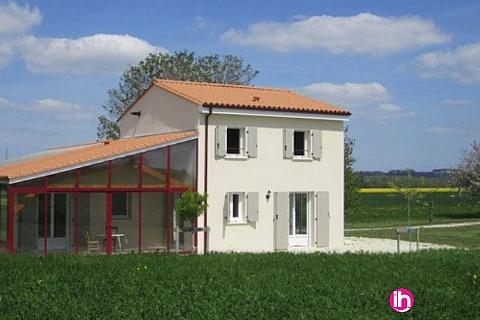Location de meublé : BLAYAIS ,maison 2 chambres ,FONTAINES D'OZILLAC