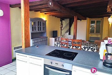 Location de meublé : BELLEVILLE-DAMPIERRE Maison de type F4 a Chatillon sur Loire
