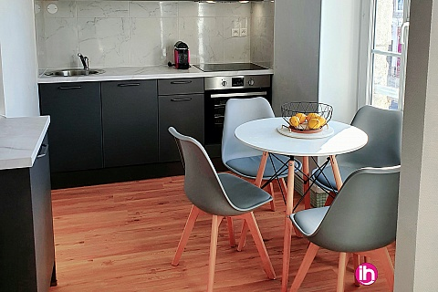 Location de meublé : DAMPIERRE -BELLEVILLE T2refait à neuf style scandinave à BRIARE
