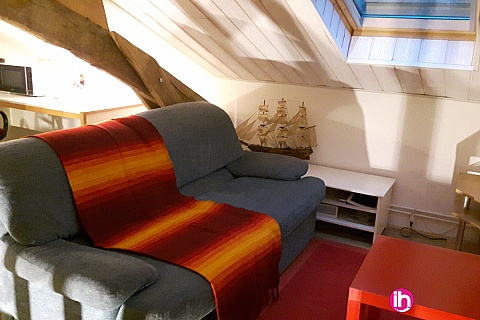 Location de meublé : CIVAUX : Maison 2 chambres à Persac