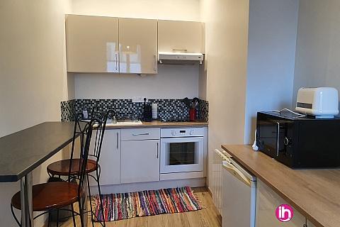 Location de meublé : LE PETIT BEAUVAU calme, confort et équipements