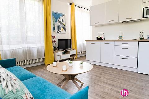 Location de meublé : Studio au calme proche tram