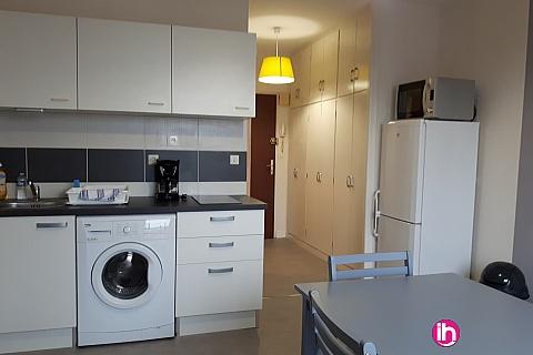 Location pour salarié en déplacement de meublé : DAMPIERRE GIEN, Beau T2 BIS entierement renové dans belle residence, GIEN
