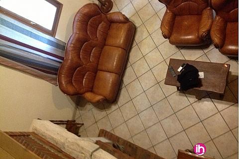 Location pour salarié en déplacement de meublé : OUSSON SUR LOIRE Maison 4 chambres avec extérieur et parking