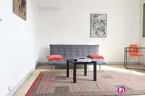 Location de meublé : SULLY SUR LOIRE DAMPIERRE Appartement en plein centre de SULLY