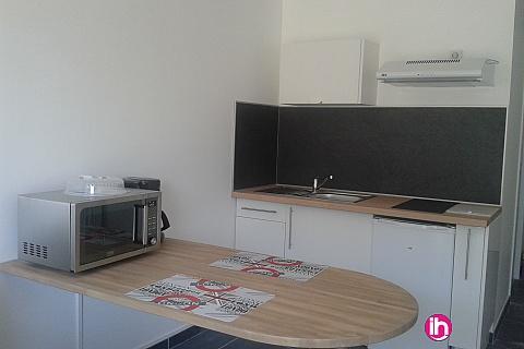 Location pour salarié en déplacement de meublé : DAMPIERRE STUDIO A DEUX PAS DE LA CENTRALE DE DAMPIERRE EN BURLY