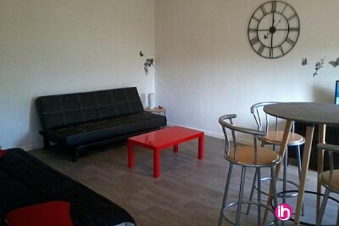 Location de meublé : CIVAUX, BEAU T2 SPATIEUX,R6, ENTIEREMENT RENOVE, MONTMORILLON