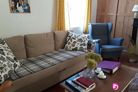 Location pour salarié en déplacement de meublé : BELLEVILLE Maison de campagne 1 à 4 personnes plein coeur de SANTRANGES