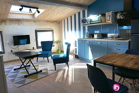 locations de meubl s niort 79 deux s vres. Black Bedroom Furniture Sets. Home Design Ideas