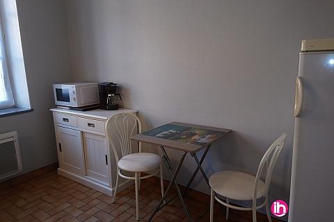 Location pour salarié en déplacement de meublé : BELLEVILLE COSNES SUR LOIRE T1 BIS CENTRE VILLE DE COSNES