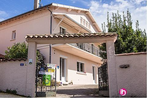 Location pour salarié en déplacement de meublé : CASTRES Appartement dans grande maison, Burlats