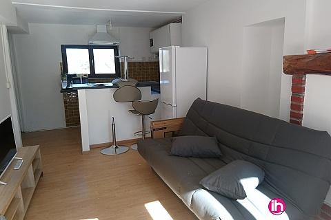 Location de meublé : BEAULIEU SUR LOIRE MAISON TOUT CONFORT TYP T2