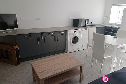 Location de meublé : BEAULIEU SUR LOIRE MAISON TOUT CONFORT TYP T2 en duplex n°1