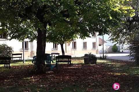Location pour salarié en déplacement de meublé : BUGEY Chambre S2 avec salle d'eau privative VILLEBOIS
