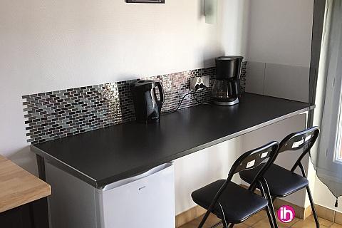 Location pour salarié en déplacement de meublé : BUGEY, Studette avec Chambre privative avec kichenette 2, Villebois