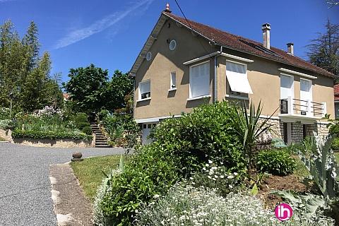 Location pour salarié en déplacement de meublé : CIVAUX / MONTMORILLON : appart indépendant en sous sol aménagé avec terrasse au calme